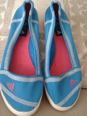 Neue Adidas Boots - Ballerinas zu verkaufen