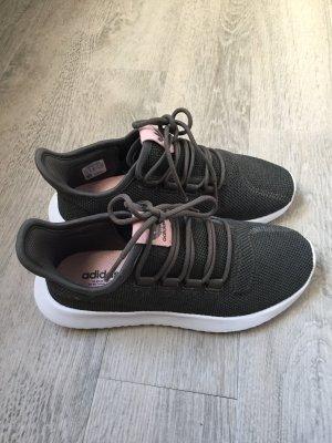 Neue Adidas - ein Mal getragen :)