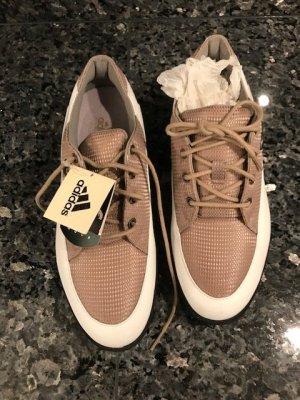 Neue Adidas Golfschuhe