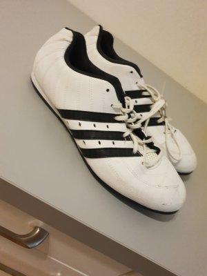 Neue Adidas Sneaker Gr.: 38.5-39