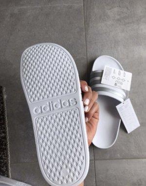 Adidas Beach Sandals white-light grey