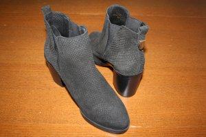 Neue Ankle Boots von Office London