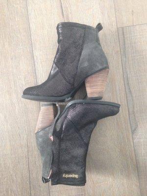 Neue Ankle Boots von Superdry