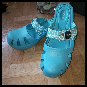 Beach Sandals light blue