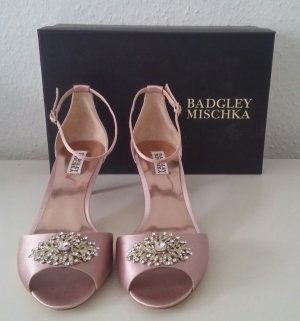 Neue Badgley Mischka Sandaletten Gr. 42