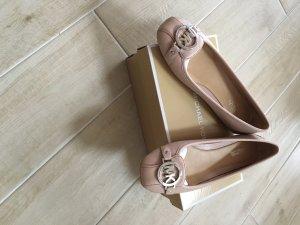 Neue ballerinas mit Karton und Rechnung