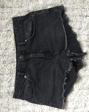Neue Basic Shorts von H&M, 38/M