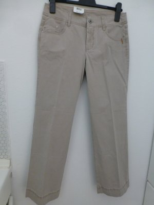 Neue beige MAC Jeans, Modell Coco