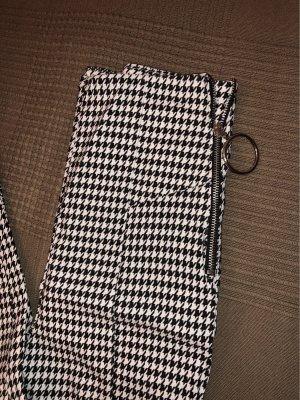 Neue Bershka Hose,schwarz/weiß