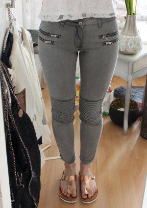 Zara Pantalón de tubo gris-color plata