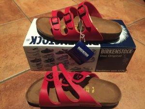 Neue Birkenstock Schuhe rot