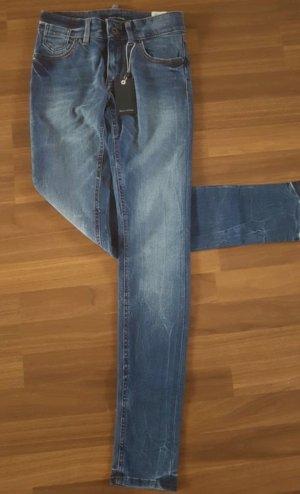 Neue blaue Jeans von Marc O'Polo