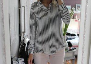 Neue Bluse mit Streifen