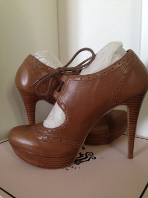 neue braune High Heels, Größe 40, ungetragen, von VIA UNO