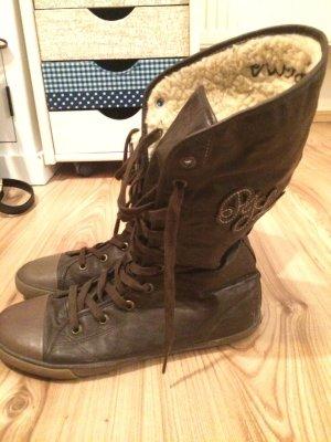 *neue braune Stiefelchen von Pepe Jeans*  innen gefüttert, chucks style
