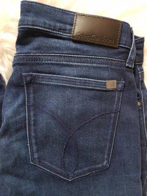 Neue Calvin Klein Jeans