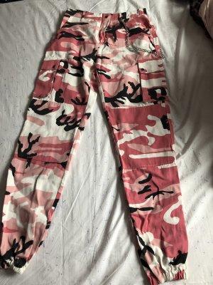 Neue Camouflage Boyfriend Jeans