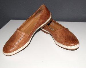 Neue cognacfarbene Leder-Slipper