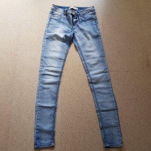 Neue Colloseum Jeans