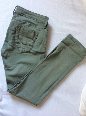 NEUE Conleys-Jeans in hellem olivgrün, gerades Bein