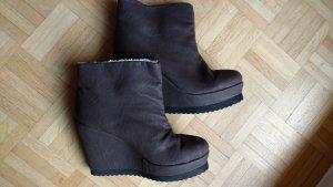 Neue coole braune Plateau Keilabsatz Stiefel von Friis & Company. Gr 41/41,5