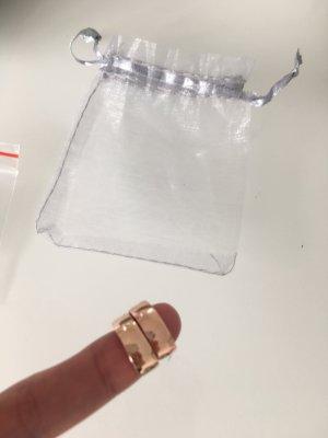 Neue Creolen aus Rose Gold mit Swarovski Kristallen