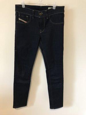 Neue, dunkelblaue Diesel Hose (Livier Super-Slim Jegging) in Größe 26 (Low Waist)