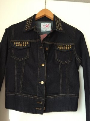 NEUE dunkelblaue Jeansjacke mit Nietenapplikationen