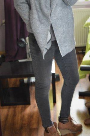 Neue Dunkelgraue Denim Jeans Röhre strechig Gr. 40 Pimkie