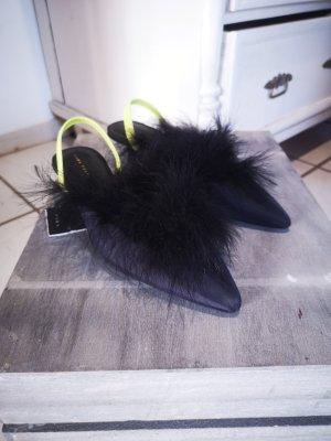 Neue, extravagante Pumps von Zara Gr 36 schwarz Federn Slingbacks Sandalen Federschuhe ähnlich Gucci