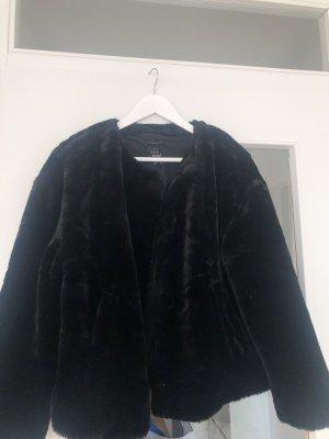 Zara Pelt Jacket black