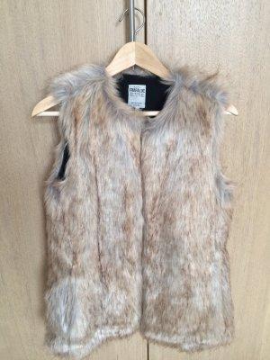 NEUE Fellweste von Zara elegant & modern