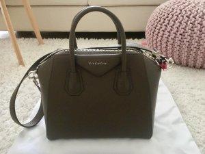 Neue Givenchy Tasche / Antigona Medium