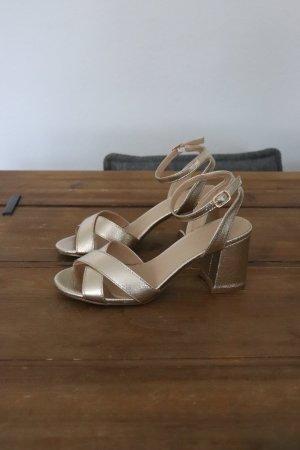 Neue goldene Pumps Sandaletten von Truffle Collection Größe 38 Asos