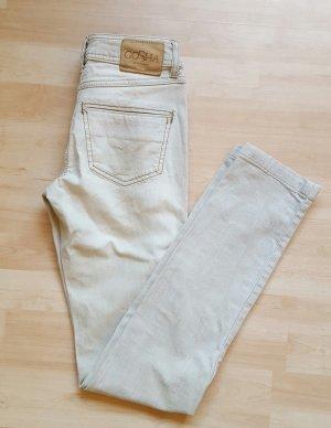 neue grau-weiße Gosha Röhrenjeans mit leichter Waschung Größe 34