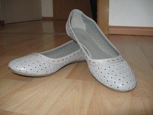 Neue graue Ballerinas in Größe 37