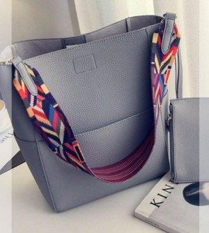 Neue graue Blogger Echtledertasche mit buntem Riemen