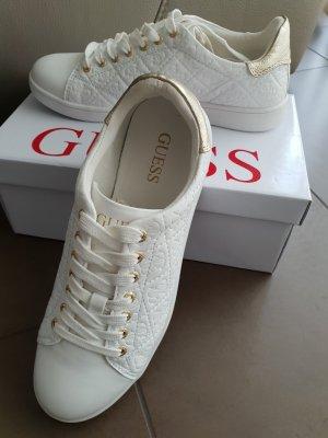 Neue Guess Sneaker, Logoprägung, weiß/ gold, Gr. 40