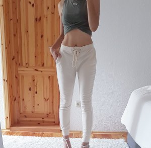 NEUE Heighwaist Jogger Joggerpants Trend Blogger Musthave