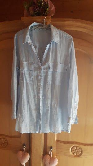 Neue hübsche hellblaue Baumwoll-Hemdbluse von Mango Premium Qualität