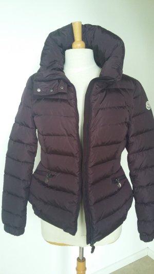 Neue Jacke in bordeaux , Größe 4
