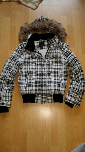 Amisu Jacket white-black