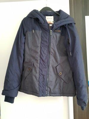 Neue Jacke von Sublevel