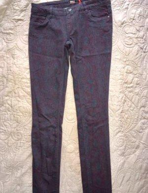 Neue Jeans mit Schlangenprint von Only in M, Länge 32