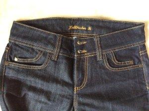 NEUE Jeans von Hallhuber in dunklem Denim, schmales Bein