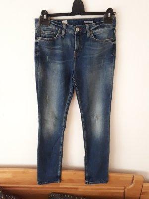 Neue Jeans von Tommy Hilfiger straight fit