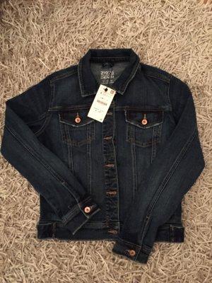 Neue Jeansjacke mit Etikett Zara