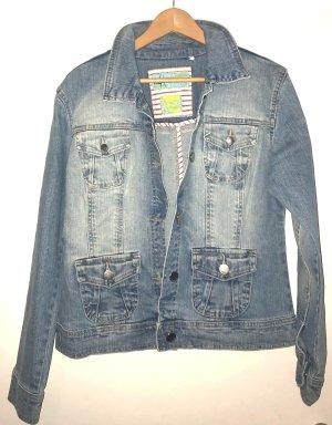 Neue Jeansjacke von Stooker