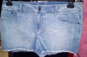 Neue Jeansshorts von 3 suisses, Gr. 40