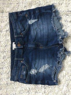 Neue Jeansshorts von H&M in Größe 38